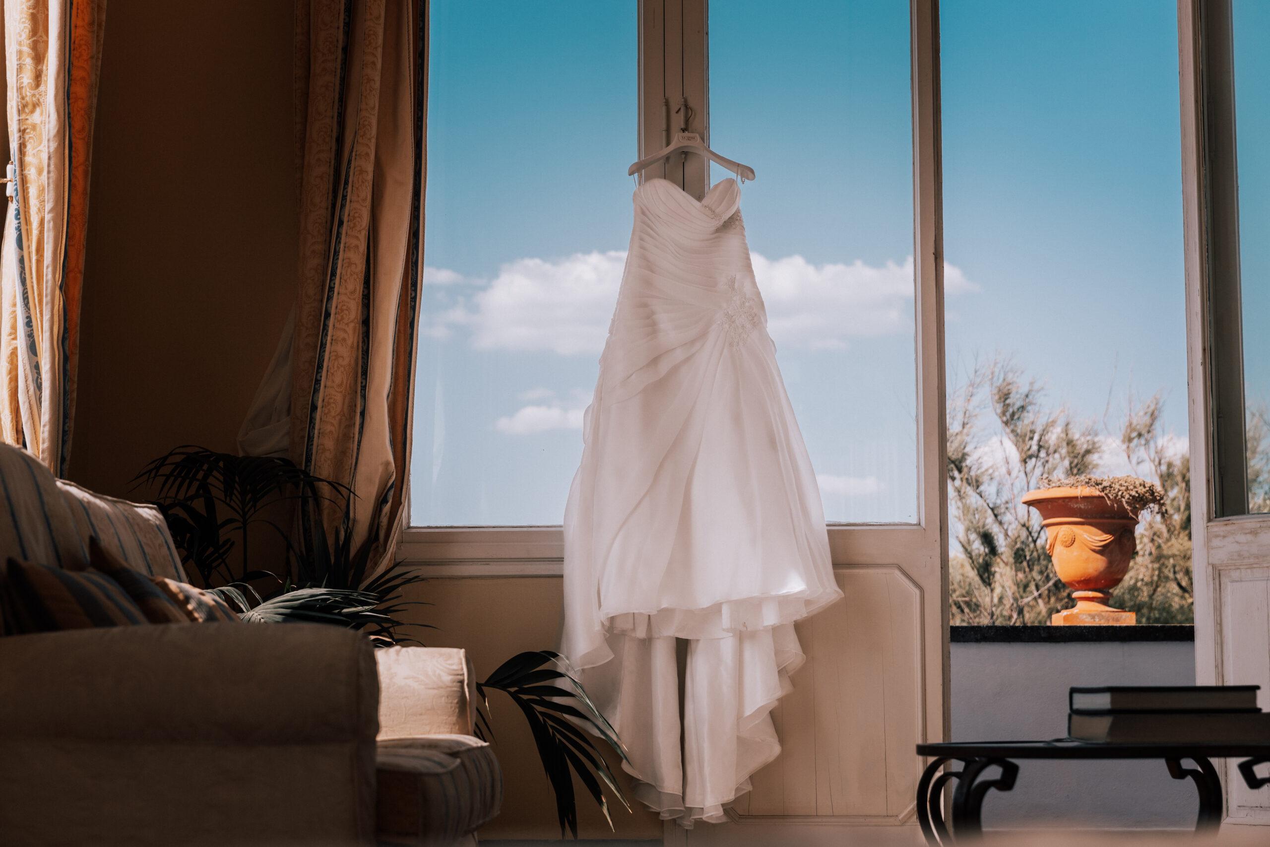 abito da sposa elegante ambientazione barocca